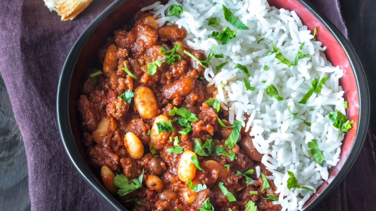Slow Cooker Pork and Bean Cowboy Chilli
