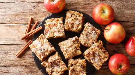 Apple and Oat Cinnamon Squares
