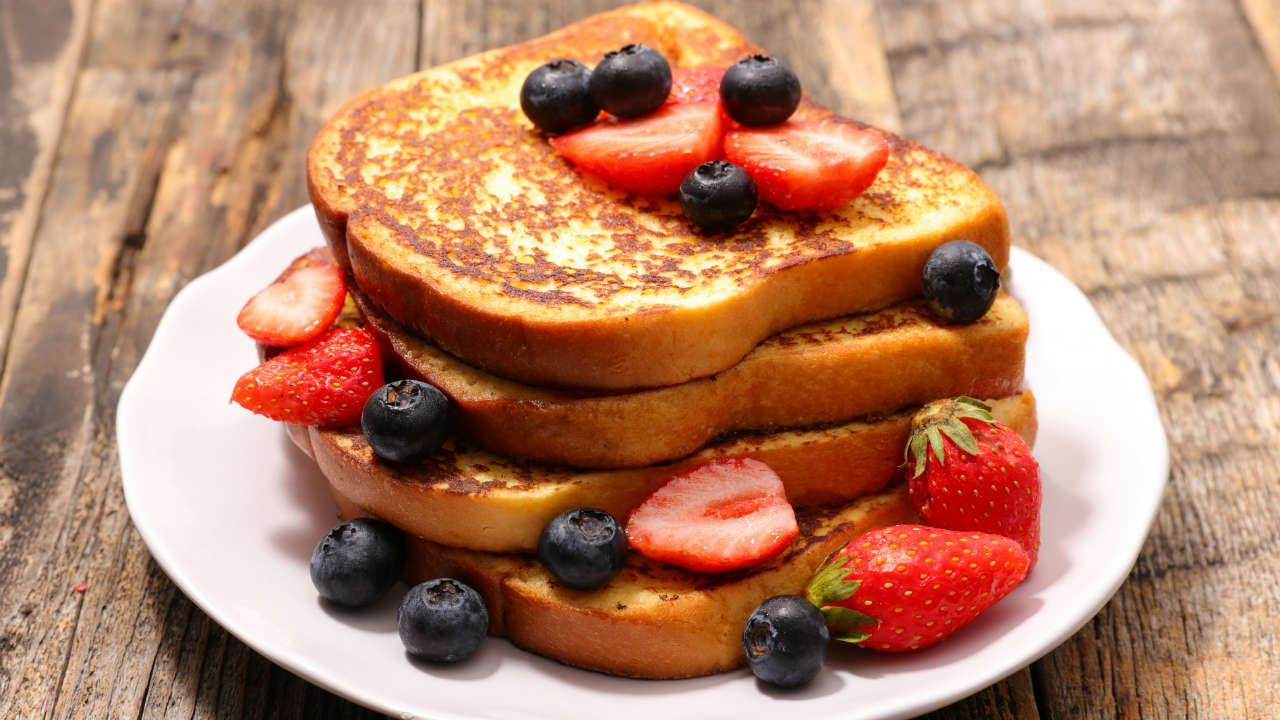 Joe's French Toast with Mixed Berries and a Twist