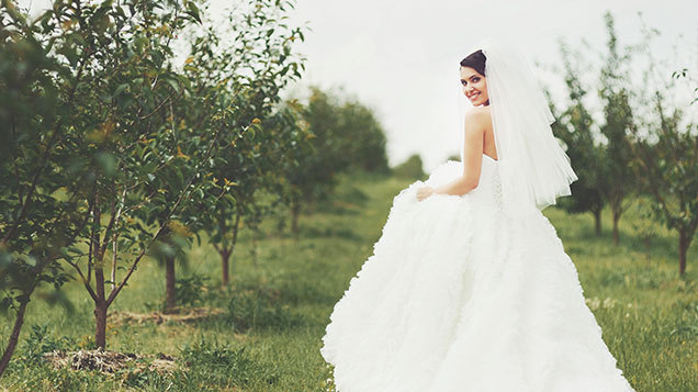 Paula King From The House Of Tamem Michael In Fashion City Chatted To Lisa Cannon About What She Thought Top Wedding Trends For This 2015 16 Are