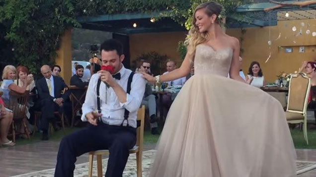 When The Groom Is A Magician And Comedian You Can Expect It Wont Just Be Any Ordinarily First Dance