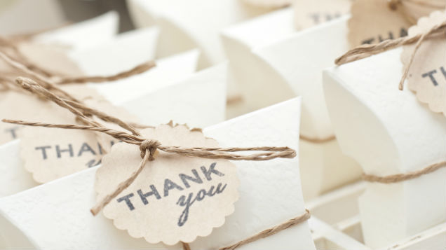 Wedding Guest Receives Email From Couple Saying Her 100 Gift Was