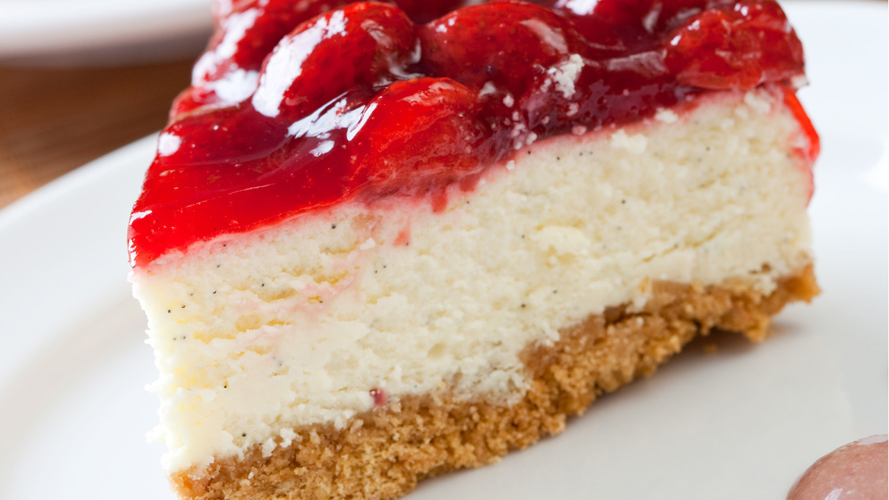 No Bake Cheesecake With Cake Bottom