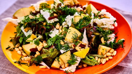Joes Healthy Nutty and Pear Salad
