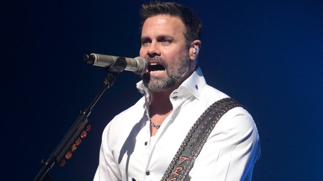Montgomery Gentry concert in NJ canceled after helicopter crash near site