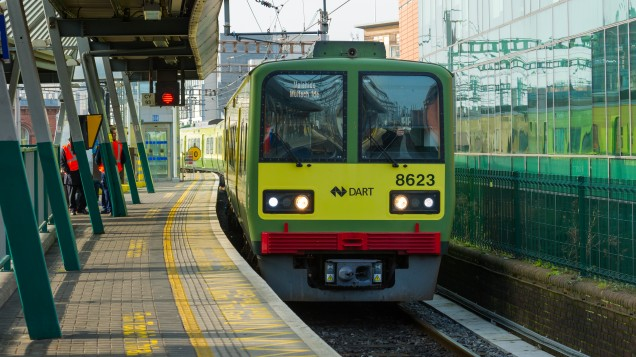 Investigations after DART derails north of Dun Laoghaire