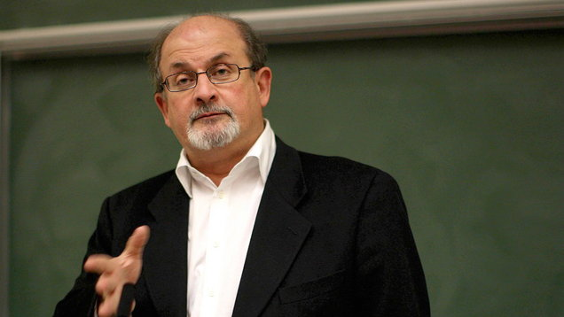 Rushdie receives James Joyce Award