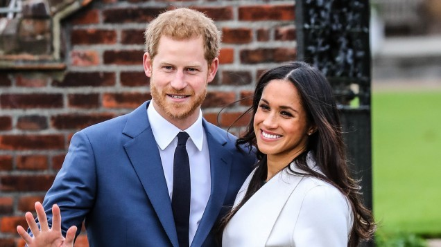 Prince Harry and Meghan Markle share official engagement photos