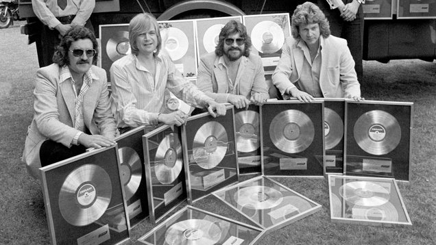 The Moody Blues star Ray Thomas dies aged 76