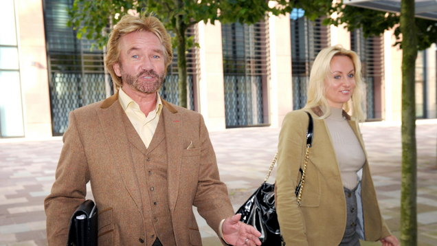 Noel Edmonds wins financial backing for £60m lawsuit against Lloyds Bank