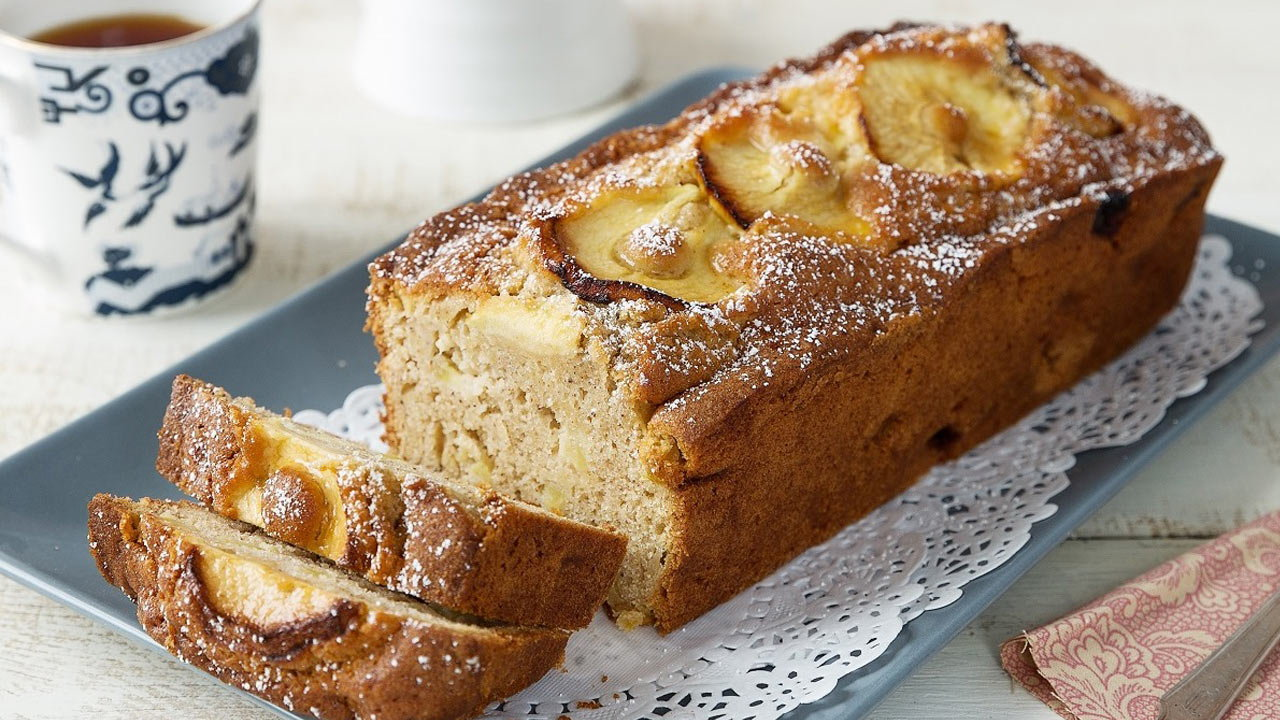 Granny's Apple Cake with Coconut Flour