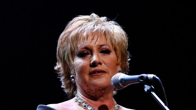 Judy Garland's daughter Lorna Luft diagnosed with brain tumour after collapsing backstage