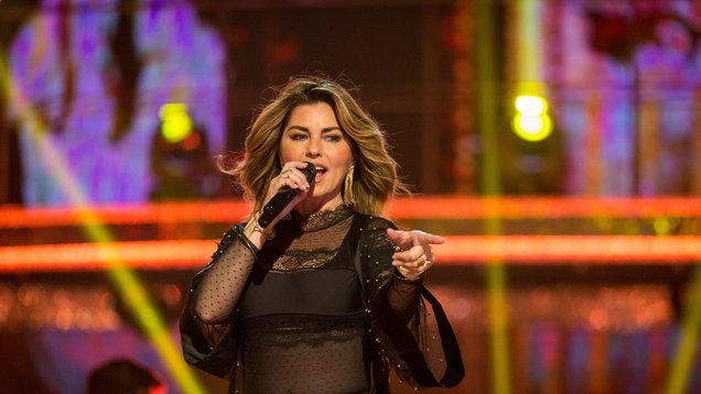 Shania Twain Has Apologized For Saying She Would Have Voted For Trump