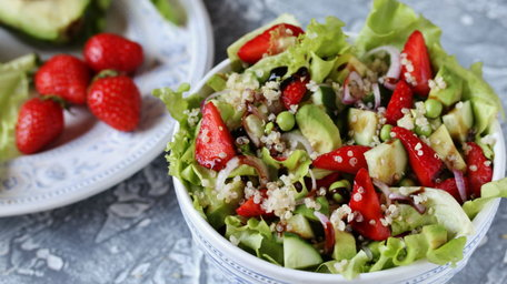 Strawberry, pistachio, feta and chicken salad with orange poppy seed dressing and a strawberry smoothie