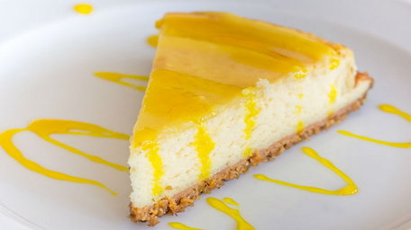 Week 4 Baking Challenge: Lemon and White Chocolate Cheesecake