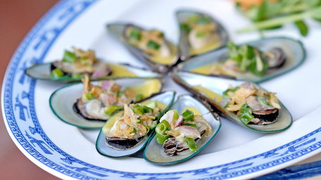 Vietnamese style Mussels and Chips