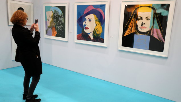 Pop Art worth one million Euro goes on display in Dublin