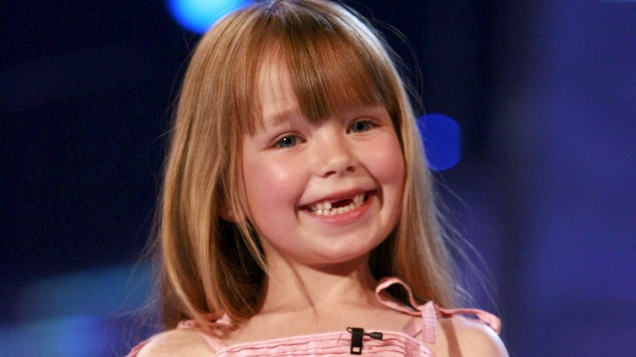 [PIC] BGT star Connie Talbot is now 18 and looks COMPLETELY different