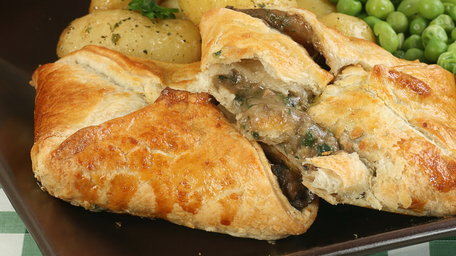 Vegan caramelised red onion and portabello mushroom wellington