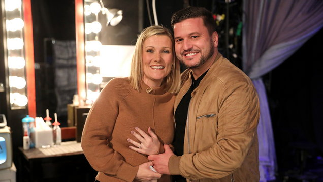 [PICS] British man whose fiancee lost engagement ring in NYC pops question on US TV