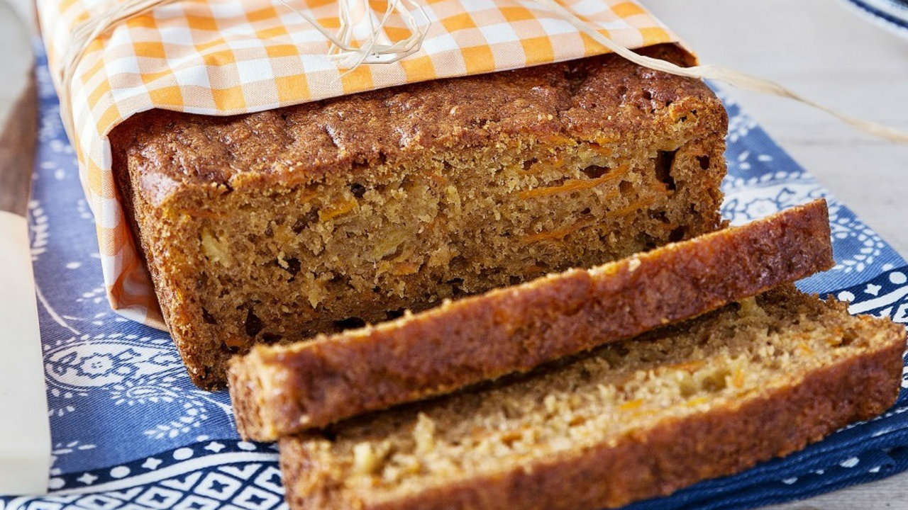 Carrot & Pineapple Cake with Coconut