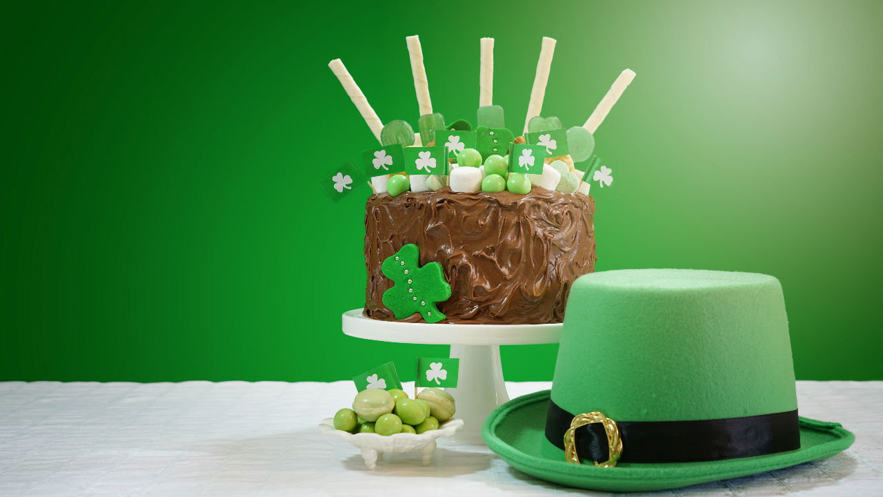 Incredible St Patricks Day Cake The Six Oclock Show Personalised Birthday Cards Cominlily Jamesorg