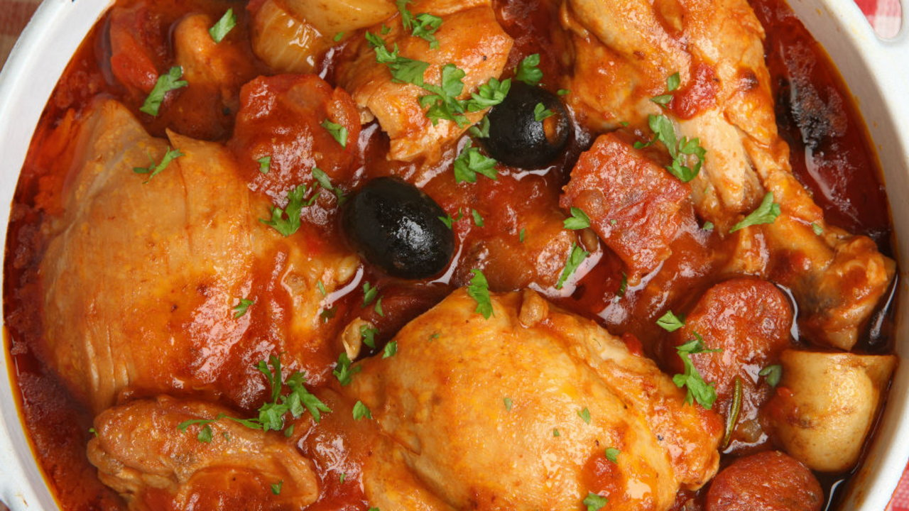 Braised Chicken Thighs in Chunky Vegetable Sauce