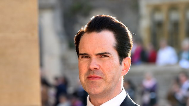 Jimmy Carr provokes laughter with attempt at NSG dance moves
