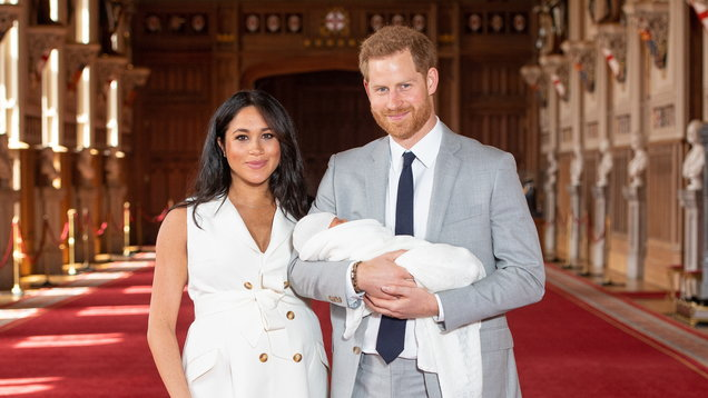 Royal baby reveal outfits: How does Meghan's outfit compare?