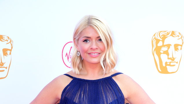 1bb48fbfa48d5 Holly Willoughby turns heads on Bafta red carpet - Entertainment ...
