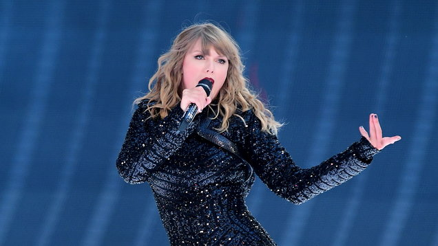 Taylor Swift is highest paid celebrity with $185m earned last year