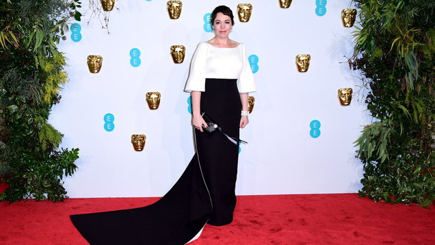 As we get a glimpse of Olivia Colman as the Queen in The Crown, 6 of her most regal style moments