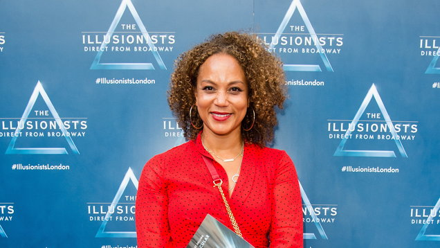 Angela Griffin returns to Corrie after 21 years - Entertainment News
