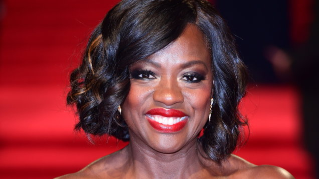 Viola Davis set to play Michelle Obama in possible Showtime series