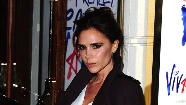 Victoria Beckham shows how to nail 1970s-style workwear at London Fashion Week